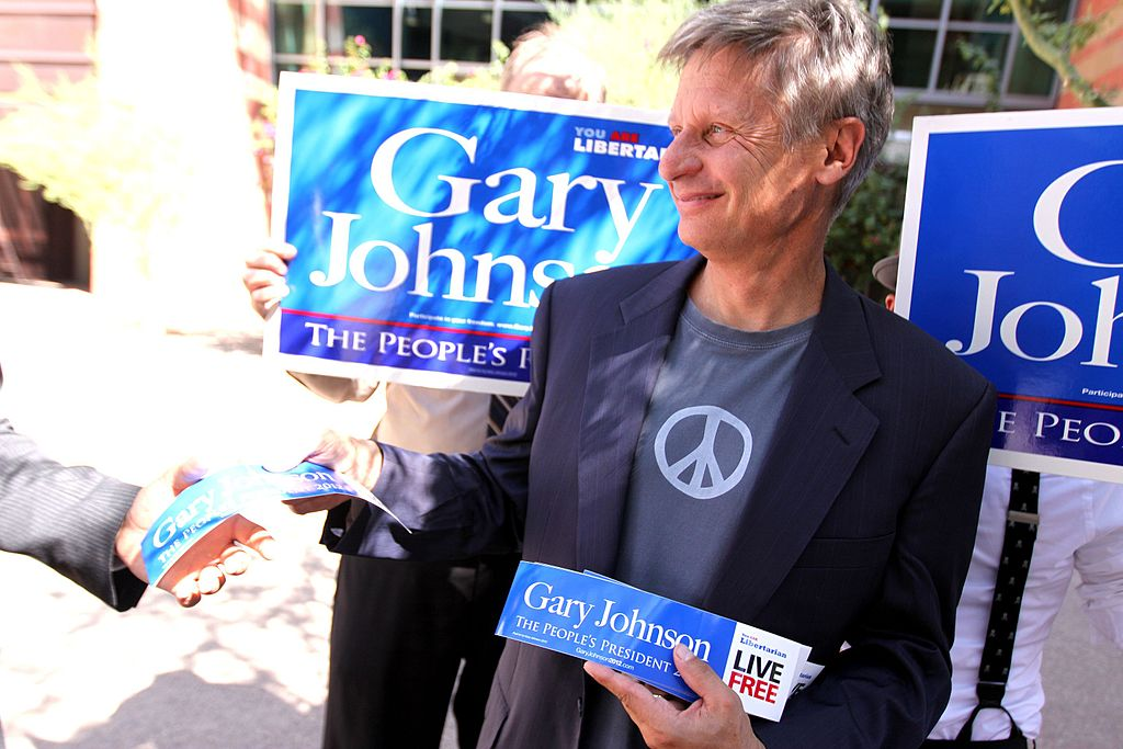 Image: Video: Gary Johnson has hilariously dramatic reaction during debate on the 'harms' of marijuana